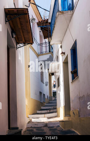 A Narrow, steeped street in Skopelos Town, Northern Sporades Greece. - Stock Image
