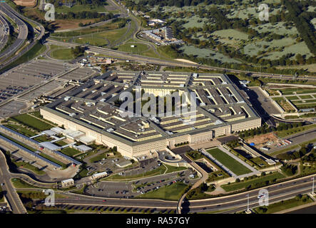 US Pentagon in Washington DC building looking down aerial view from above - Stock Image