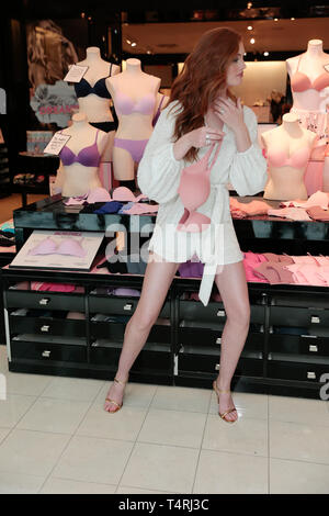 Nashville, Tennessee, USA. 18th Apr, 2019. Erika Costell joins Victoria's Secret Angel Alexina Graham to celebrate the newest bra collection Incredible by Victoria's Secret on April 18, 2019 in Green Hills Mall in Nashville, Tennessee. Credit: The Photo Access/Alamy Live News - Stock Image