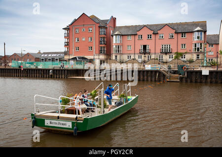 UK, England, Devon, Exeter, Quayside, Butt's Ferry across River Exe - Stock Image