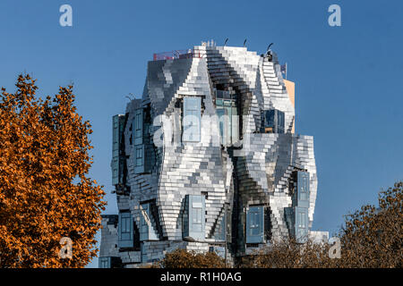 Foundation and LUMA tower by Frank Gehry,  Arles, France - Stock Image