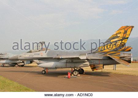Zeltweg 2005 Airpower 05 airshow Austria, Lockheed Martin F 16AM Fighting Falcon F16 Viper - Stock Image