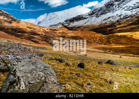 Snow on the mountain slopes of Glencoe (Glen Coe) in Lochaber, Scottish Highlands - Stock Image