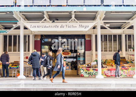 Exterior of Marché Victor Hugo, French market, 1959, by Lafitte & Génard, Toulouse, Haute-Garonne, Occitanie, France - Stock Image