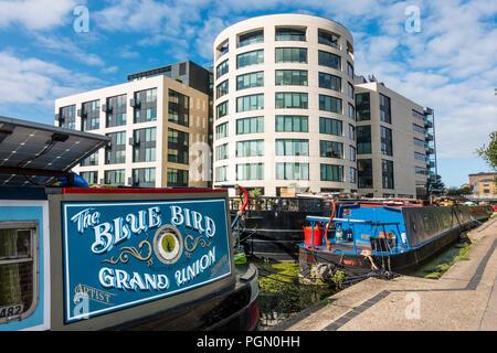 Narrow boats, Regents Canal,Rotunda Restaurant,90 York Way,Kings Cross,London,England - Stock Image