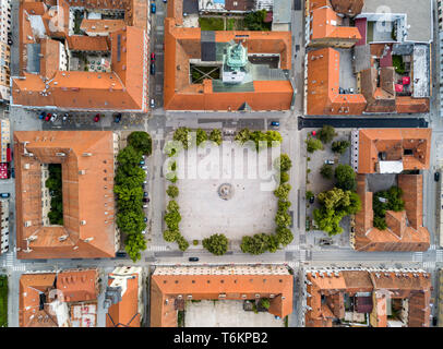 Karlovac city center, inside six-pointed star-shaped Renaissance fortress built against Ottomans, Croatia. Regular orthogonal planning and logical str - Stock Image
