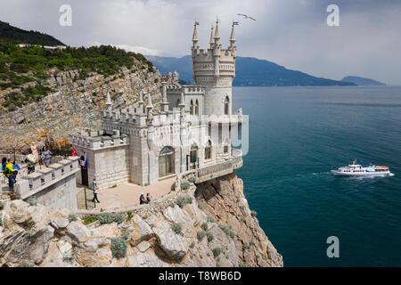 Top view of the castle 'Swallow's nest' and the Black sea coast of the Crimean Peninsula - Stock Image