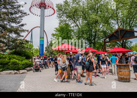 People at Canada's Wonderland amusement park. Vaughan, Ontario, Canada - Stock Image