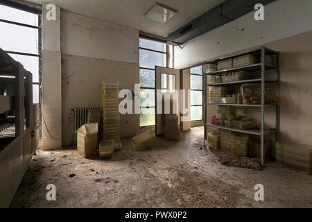 Interior view of an abandoned animal testing facility in Italy. - Stock Image