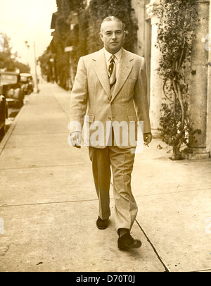 Charles B. Wrightsman, oilman and polo player on Worth Ave, 1941. Bert Morgan Photo - Stock Image