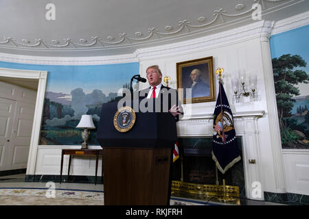 US President Donald Trump delivers remarks in the Diplomatic Reception Room of the White House in Washington, D.C. on January 19, 2019. Trump spoke about a new plan to secure the US border and re-open the US Government which remains shutdown. - Stock Image