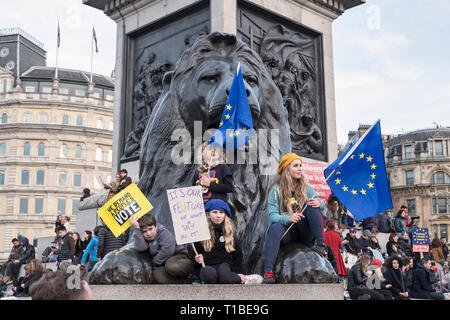London, UK, 23rd March 2019. A million protestors march against Brexit and in support of a second referendum. Children demonstrate in Trafalgar Square - Stock Image