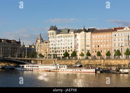 The Vlado Milunic and Frank Gehry Dancing House as seen from the River Vltava, Prague - Stock Image