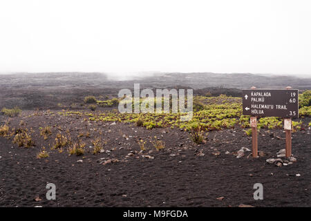 Trail marker in Haleakala crater, at the end of the Sliding Sands trail - Stock Image