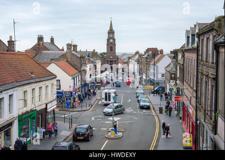 Berwick-upon-Tweed Guildhall viewed along Marygate from the city walls - Stock Image