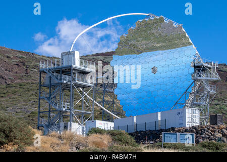 MAGIC telescope with landscape reflected in mirrors. Observatory at Roque de los Muchachos, La Palma, Spain - Stock Image