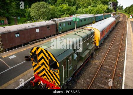 UK, England, Devon, Okehampton, Railway Station, Dartmoor Railway trains at platform - Stock Image