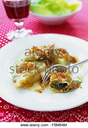 Filled pasta parcels - Stock Image