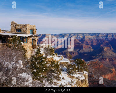 Lookout Studio at the South Rim of the Grand Canyon. - Stock Image