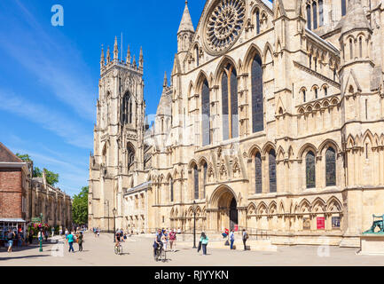 York uk York Minster, Gothic cathedral, South Transept  with the ornate rose window ,city of York, Yorkshire, England, UK, GB, Europe - Stock Image