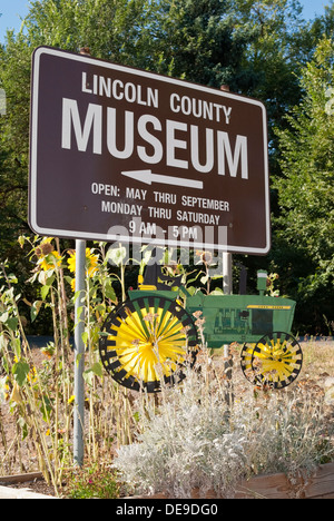 Sign for Lincoln County Museum in Davenport, Washington State, USA. - Stock Image
