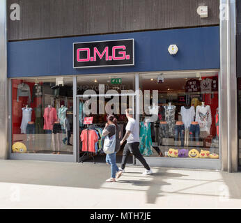 O.M.G shop store in Regent Street, town centre of Swindon, Wiltshire, England, UK - Stock Image