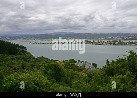 Knysna from the Featherbed Nature Reserve, Knysna Lagoon, Western Cape, South Africa. - Stock Image