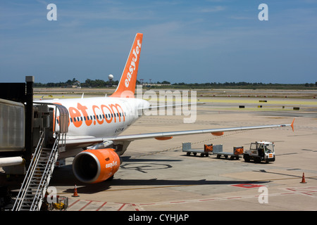 Passenger Airplane of Easy Jet at Barcelona El Prat Airport. - Stock Image
