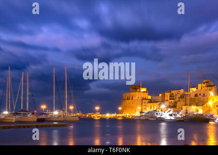 Castellammare del Golfo at sunset, Sicily, Italy - Stock Image