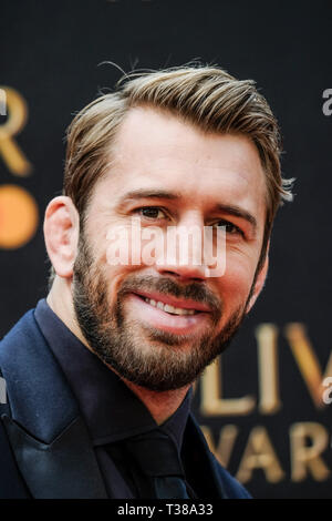 London, UK. 7th Apr 2019. Chris Robshaw poses on the red carpet at the Olivier Awards on Sunday 7 April 2019 at Royal Albert Hall, London. Picture by Credit: Julie Edwards/Alamy Live News - Stock Image