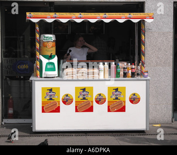 Hot Dog stall near the London Eye South Bank - Stock Image