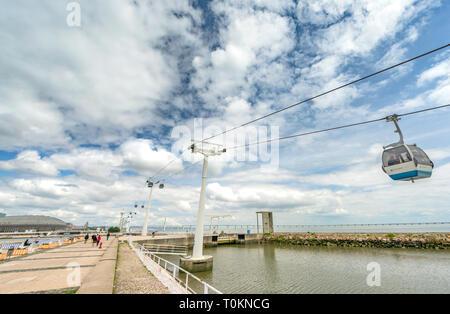 Walking at Lisboa promenade on a sunny day - Stock Image