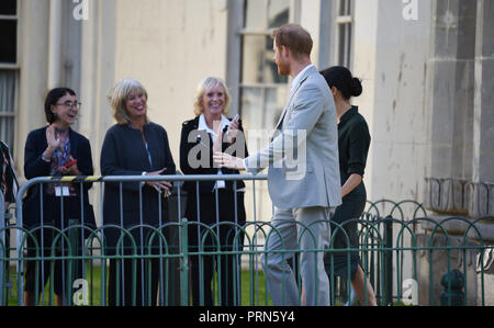 Brighton UK 3rd October 2018 - The Duke and Duchess of Sussex meet staff after visiting the Royal Pavilion in Brighton today as part of their first visit to the county where they have been to Chichester and Bognor as well as Brighton Credit: Simon Dack/Alamy Live News - Stock Image
