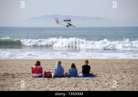 California Oxnard family beach ultralight Channel Islands beyond - Stock Image