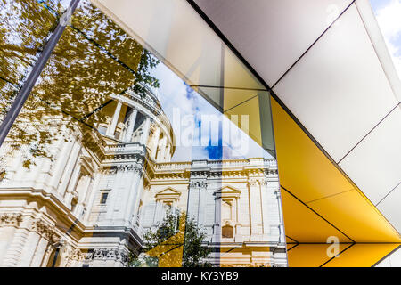 Amazing reflection of St Paul's Cathedral, London. - Stock Image