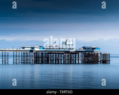 Llandudno Pier - a Grade II* listed pier in the seaside resort of Llandudno, North Wales UK, opened 1877. 700m long, the fifth longest pier in the UK. - Stock Image