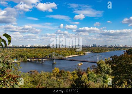 footbridge dnepr river left bank Ukraine Kiev 06.11.2018 - Stock Image
