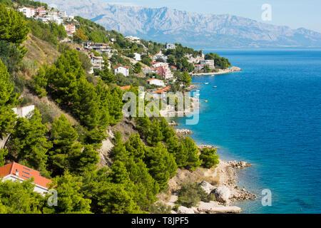 Kroatien, Dalmatien, Ortschaft Celina (Zavode) südlich von Omis - Stock Image