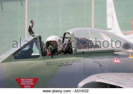 Zeltweg 2005 AirPower 05 airshow Austria De Havilland DH 100 Vampire, pilot waving with hand - Stock Image