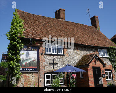 On the Ridgeway Ancient Path,  The Perch & Pike, South Stoke, Oxfordshire, England, UK, GB. - Stock Image