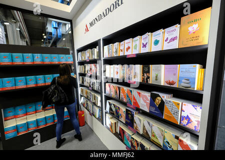 Turin, Piedmont, Italy, 10th May, 2018. International Book fair 2018,first day.Inside the Mondadori publisher's stand Credit: RENATO VALTERZA/Alamy Live News - Stock Image