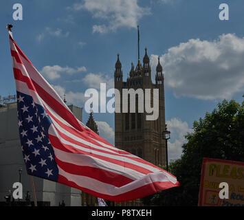 London, UK. 13th July 2018. Anti trump demonstration London 13th July Credit: marc zakian/Alamy Live News - Stock Image
