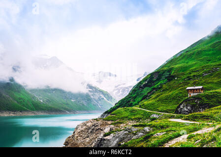 Mountain lake scenery at highland valley - Stock Image