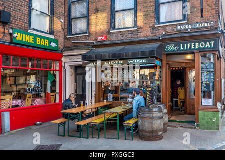 Wine Bar,Old Town,Margate,Thanet,Kent,England - Stock Image