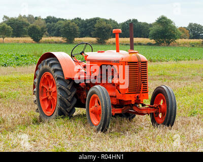 Case Model L - a classic American made tractor from the 1940's - Stock Image