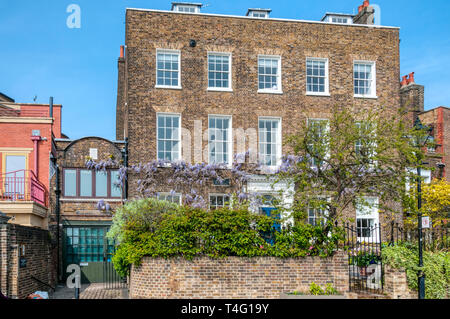 Kelmscott House on Upper Mall in Hammersmith was the London home of William Morris. - Stock Image