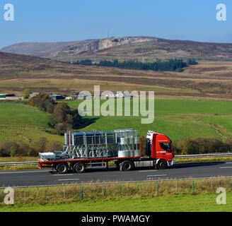 Bateman Livestock Equipment HGV. M6 Northbound carriageway, Shap, Cumbria, England, United Kingdom, Europe. - Stock Image
