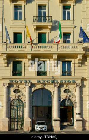 Hotel Excelsior, Via Partenope, Neapel, Italien - Stock Image