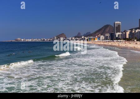 Praia de Copacabana in Rio de Janeiro - Stock Image