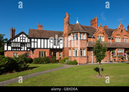 Arts and Crafts style houses in Port Sunlight, Wirral, England - Stock Image